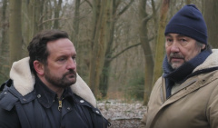 Talking with Joel Beckett on filming of 'Hunting Bears'